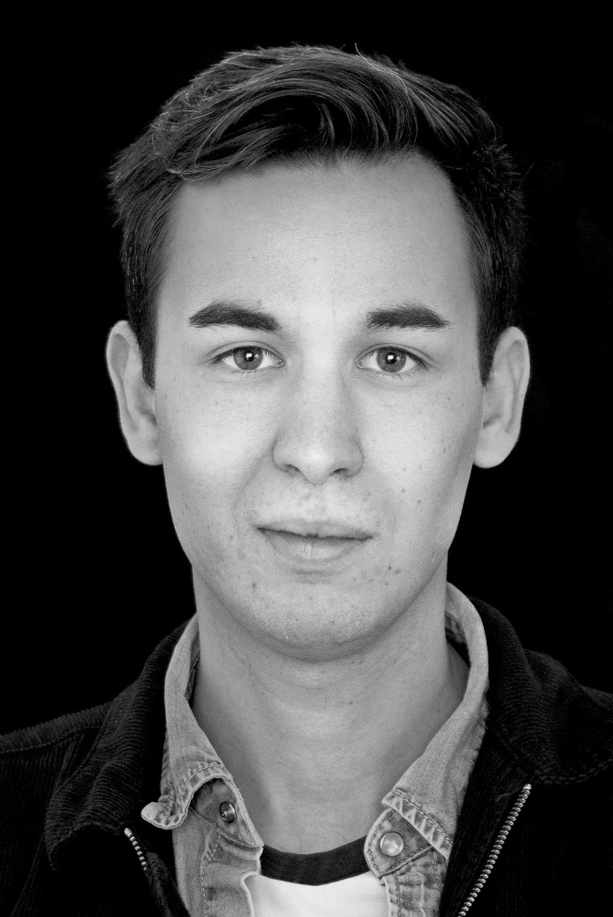 Jonas Breit, Jr. Editor / Tech & IT Publishing